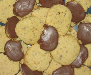 Krümel-Kekse mit Nuss