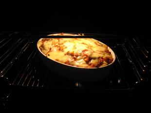 Nudelauflauf im Ofen überbacken