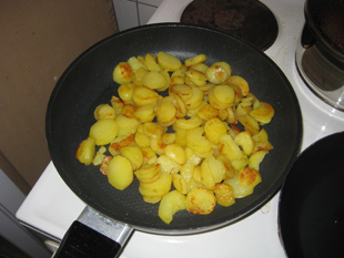 Bratkartoffeln mit Basilikum