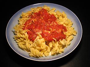 Rezeptbild - Pasta mit Tomatensoße mit Ingwer