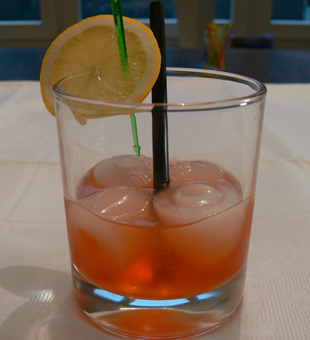 Cocktail Aperol Sour