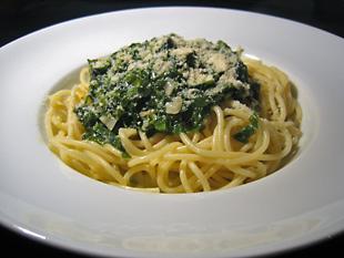 Spaghetti mit Bärlauchsoße