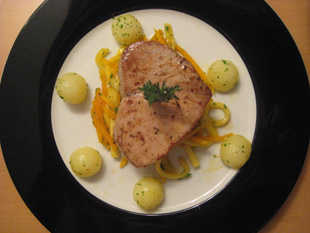 Thunfischsteaks mit Gemüse