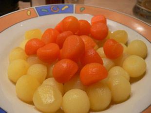 Gemüsebällchen aus Kartoffeln und Karotten
