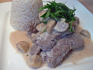 Buf Stroganoff mit Champignons