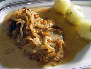 Wiener Rostbraten mit Kartoffeln