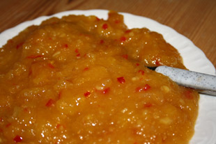 Mango-Chutney, angerichtet