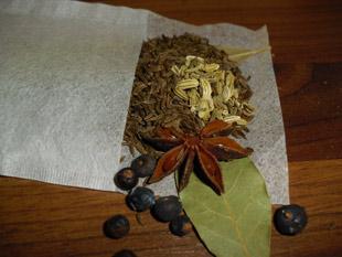 Teebeutel mit Gewürzen
