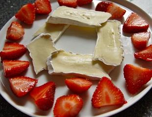 Erdbeeren-mit-brie