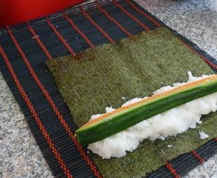 Hoso-Maki-gurke-Karotte-rollen