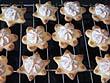 Plätzchenrezept für Buttergebäck mit Makronenhäubchen