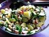 Veganer Gemüsesalat mit Räuchertofu