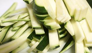 Zucchinistreifen